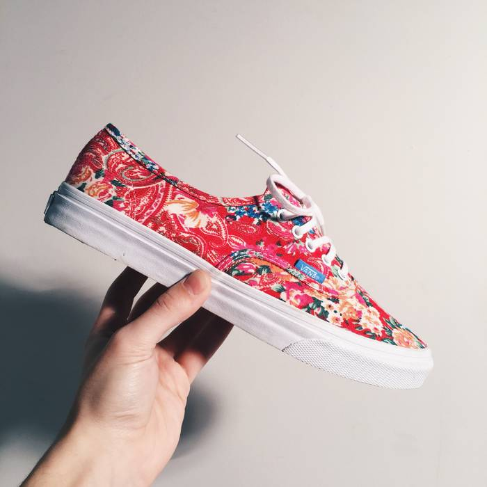 229d06aa5dcda Vans Brand New Pink Floral Vans 🌺 Size 8 - Low-Top Sneakers for ...