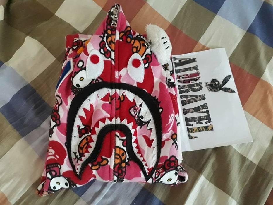 b675a86d24e8 Bape Bape x Hello Kitty Shark Hoodie Size m - Sweaters   Knitwear ...