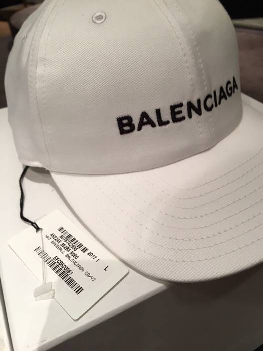c9b47b16eac Balenciaga Dad cap Demna logo Size one size - Hats for Sale - Grailed