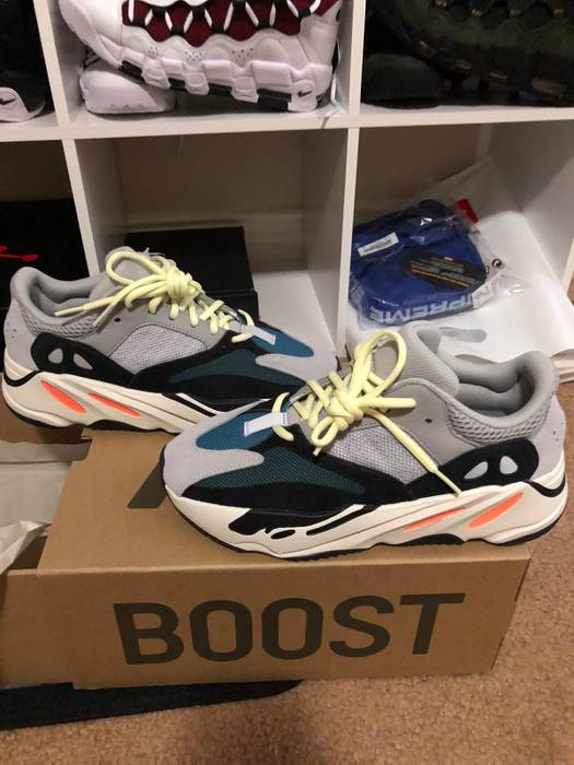 04fea6e04 Adidas Yeezy Boost 700 (Wave Runner) Size 7.5 - Low-Top Sneakers for ...