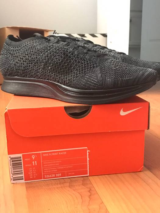 7e9d195aeede Nike Flyknit Racer Midnight Size 9.5 - Low-Top Sneakers for Sale ...