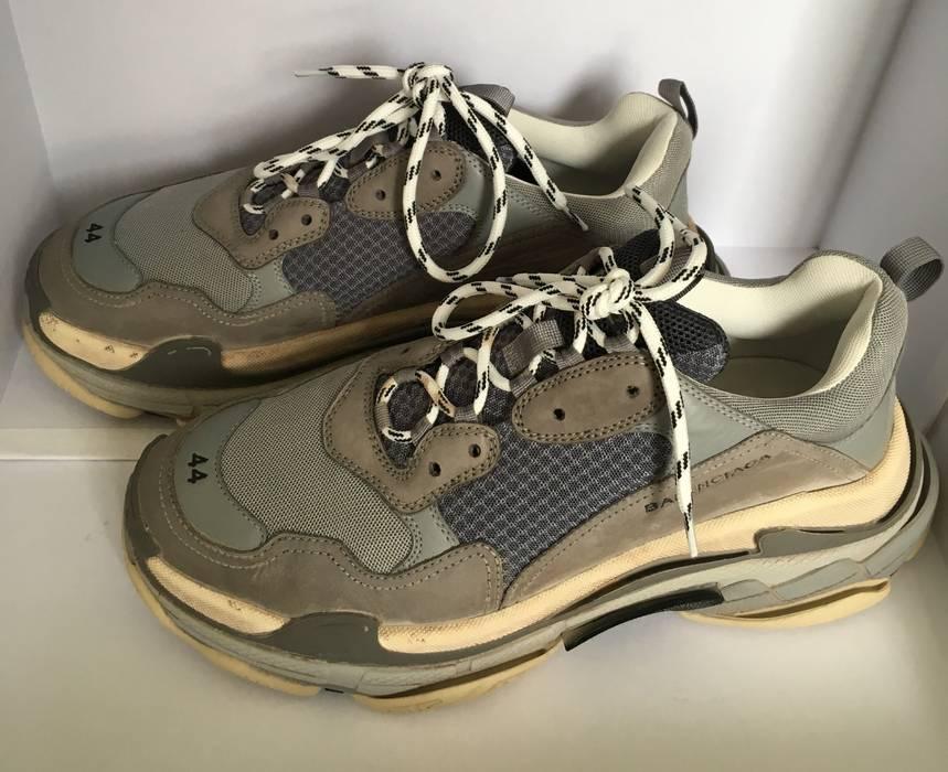91c8dc054016 Balenciaga Balenciaga Triple S Grey Speed Trainer Sneaker EU 44 Size ...