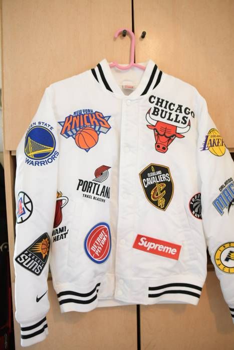 Supreme Supreme Nike NBA Teams Warm-Up Jacket White Size s - Light ... cc4c21af8