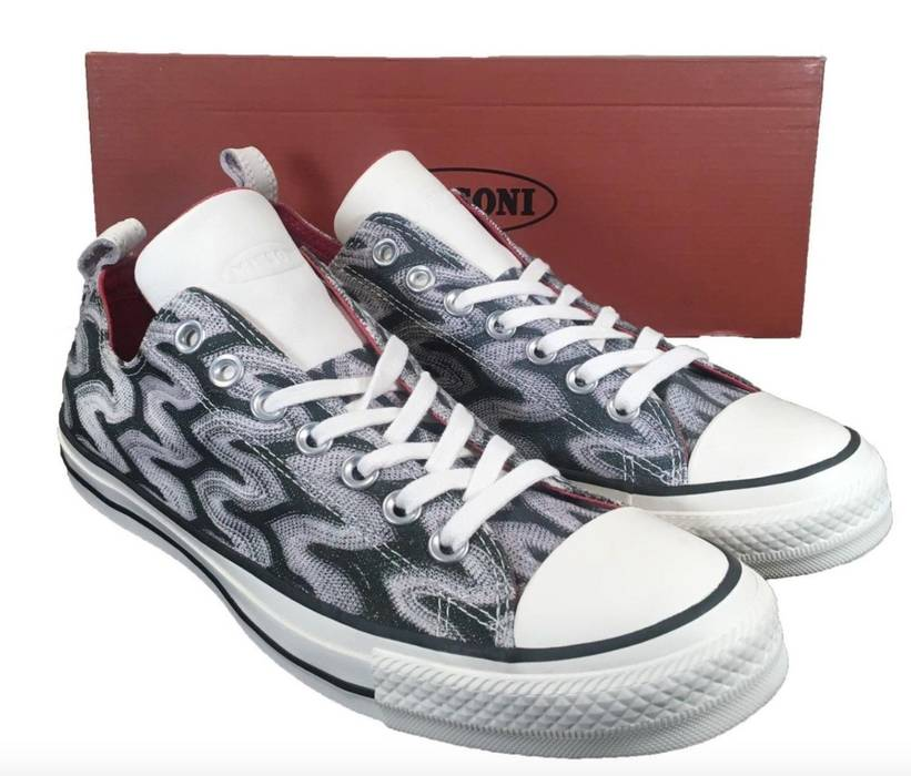Converse Converse Missoni Chuck Taylor All Star Ox Low Top Glitter Size 9.5  151257C Size US ce2797a32