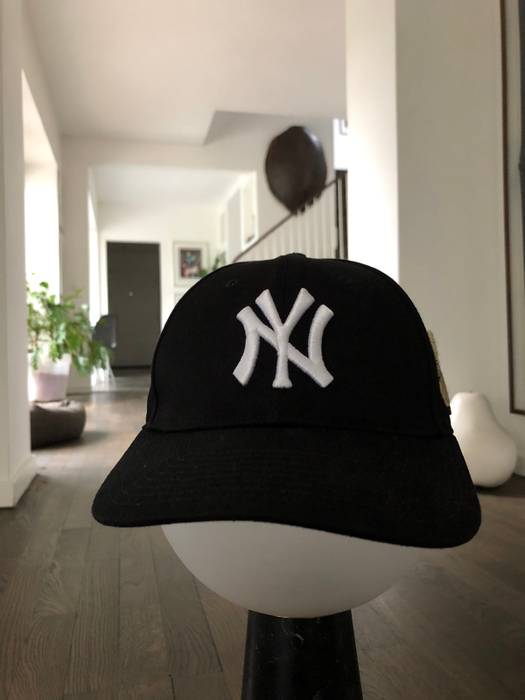 8432d0f2f7c Gucci Baseball Cap With NY Yankees Patch Size one size - Hats for ...