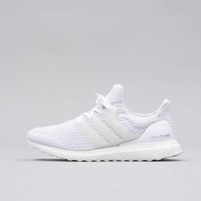 ae4000fcbbb Adidas Ultra Boost 3.0 Triple White Size 10 Size 10 - Low-Top ...