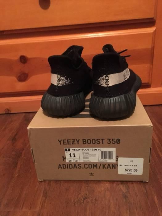 038cd02bb9374 Kanye West Adidas Yeezy Boost 350 V2 Core Black White Oreo Size US 11   EU