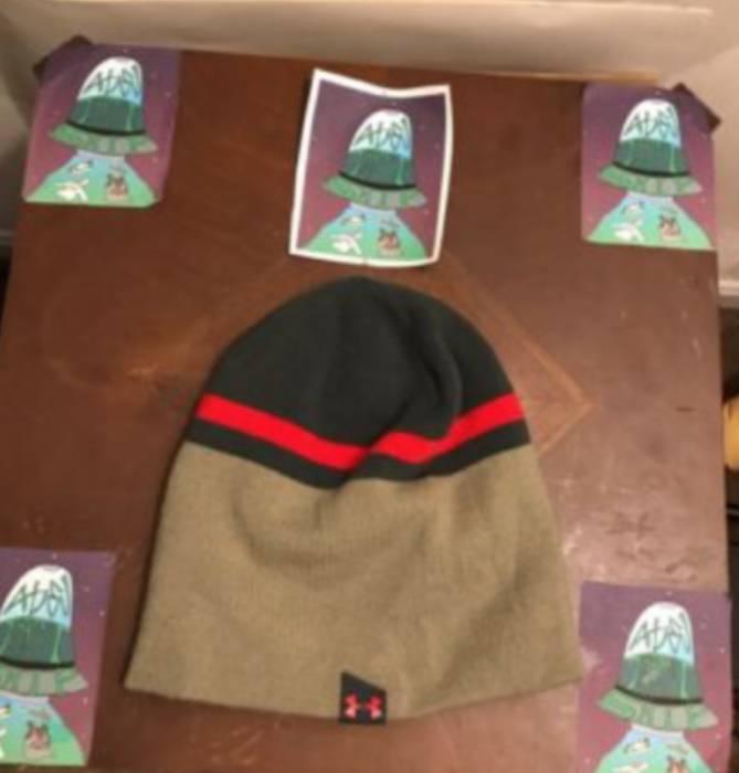 Under Armour UNDER ARMOUR Cold Gear Beanie Unique Winter Hat Size ... e1d16130f0a