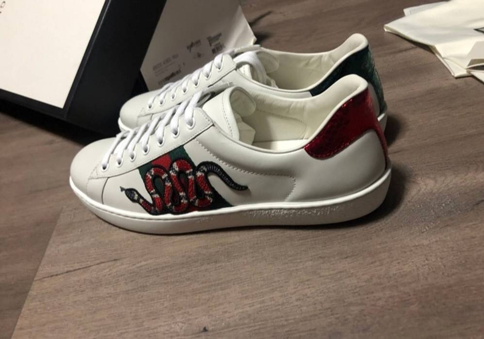 4d92ca46768 Gucci Gucci Ace Snake Embroidered Sneakers Size 8 - Low-Top Sneakers ...