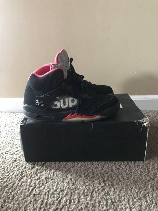 052d6fcdc98 Supreme Nike Air Jordan 5 Supreme Black Red SZ 9 BAPE OFF WHITE YEEZY OVO