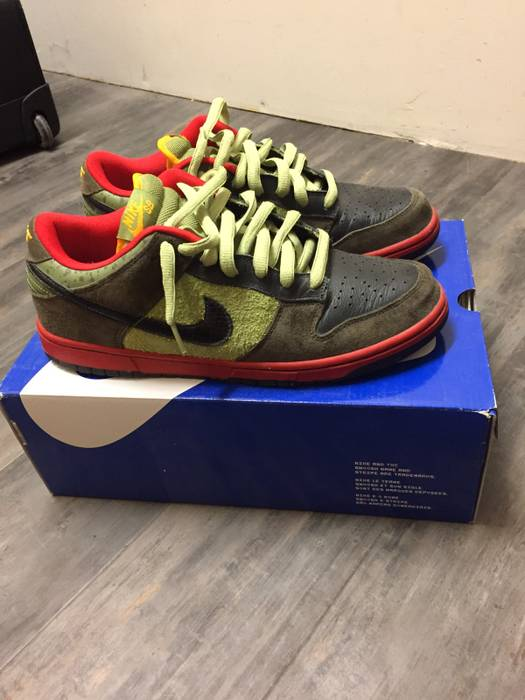 big sale 6e0ea d7b26 Nike Nike SB Dunk Low Asparagus Size US 10  EU 43
