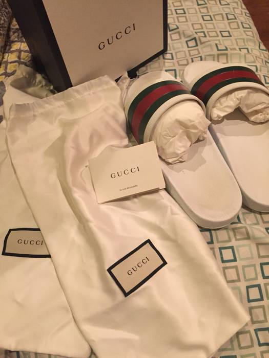 4d179ada5 Gucci White Gucci Slides Size 10 - Slip Ons for Sale - Grailed