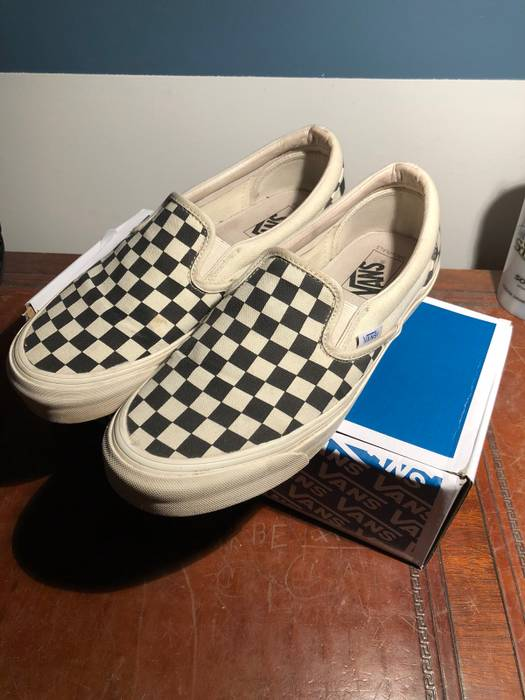 2cf578abb5 Vans OG LX Classic Slip On Checkerboard Size 8.5 - Slip Ons for Sale ...