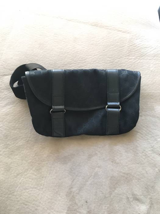 b561ed47eec Gucci Gucci Fanny Pack Size one size - Bags   Luggage for Sale - Grailed