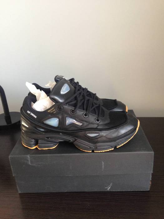 8fd42cf8f2a6 Adidas Raf Simons Ozweego Bunny Black Size 10.5 - Low-Top Sneakers ...