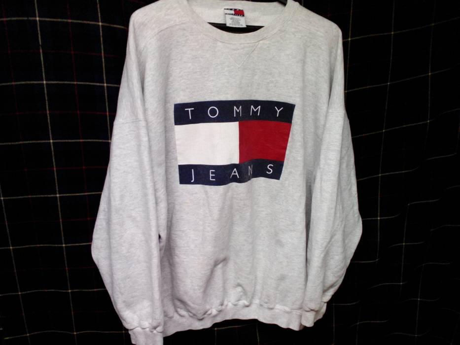 ff00bb039aed2 Tommy Hilfiger Tommy Hilfiger vintage Tommy Jeans Logo Sweatshirt sz Large  Size US L   EU