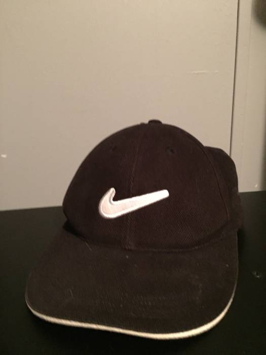Nike Vintage 90 s Nike SnapBack Hat Size one size - Hats for Sale ... 9070358621b
