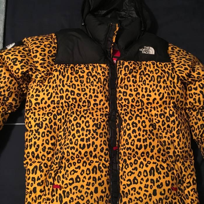 d071772d3c Supreme Supreme x Northface Nuptse Leopard Size l - Heavy Coats for ...
