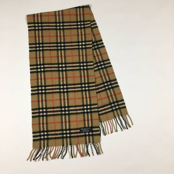 ef6e1aff6d0e7 Vintage Vintage Burberry Scarf Classic Check Size one size - Gloves ...