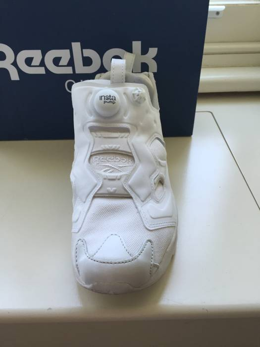 bf6cf8bcb323 Reebok atmos x Reebok Instapump Fury Size 8.5 - Low-Top Sneakers for ...