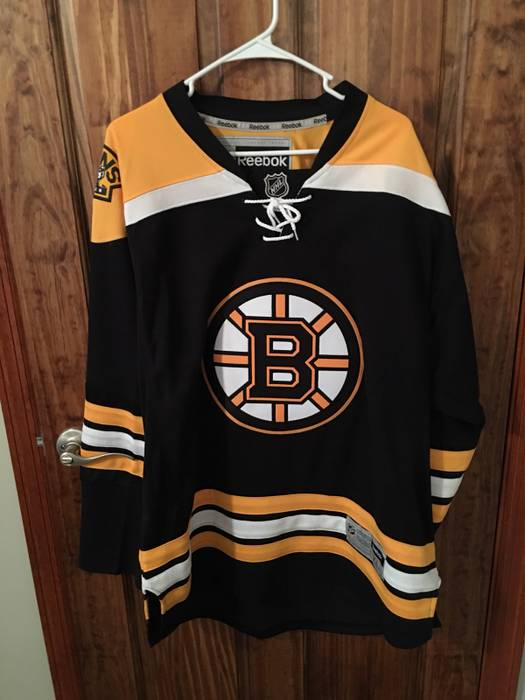 24b52f0b501 ... free shipping reebok reebok boston bruins hockey jersey size us xl eu  56 4 5e801 f147f