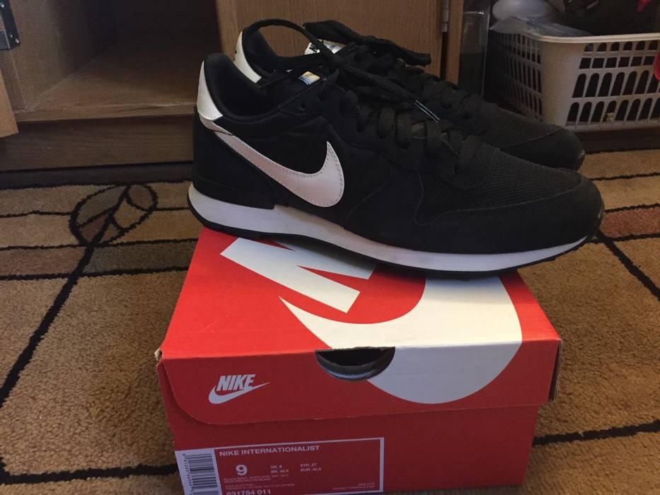 huge selection of f5e3f 964e5 Nike Internationalist Size US 9  EU 42