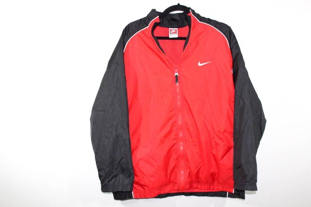Nike Vintage 90s NIKE XL Big Logo Basketball Swoosh Full Zip Windbreaker  Jacket Size US XL fe6a68aca