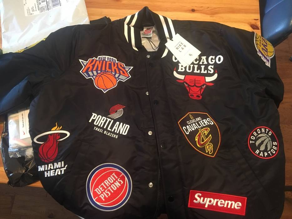 Supreme Supreme Nike NBA Warm-Up Jacket Size m - Light Jackets for ... 9f701223c