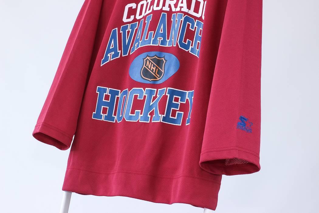 Vintage Vintage Mens Colorado Avalanche STARTER NHL Hockey Jersey Shirt  Size US XL   EU 56 d7374a0f0