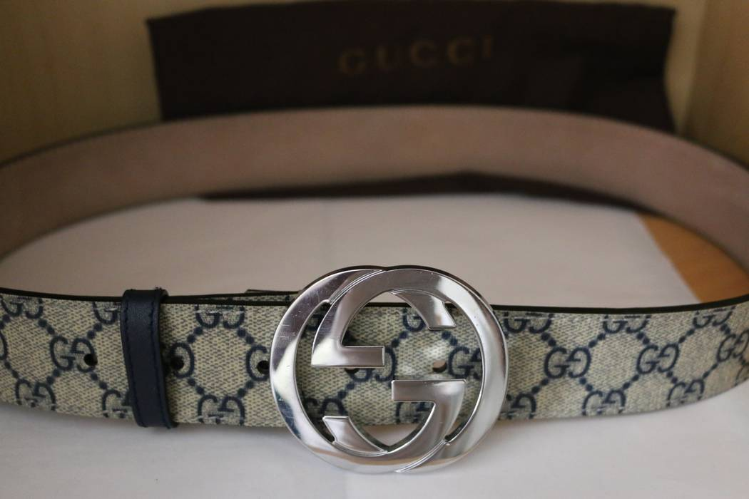 0cfbdf8c1b1 Gucci Men S Gg Supreme Belt With G Buckle Navy Blue And Beige Size