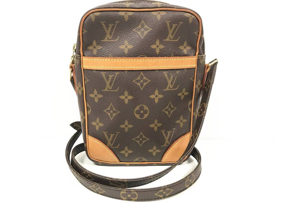 63539ab8ced4 Louis Vuitton. Louis Vuitton Monogram Canvas Leather Amazon Crossbody Bag