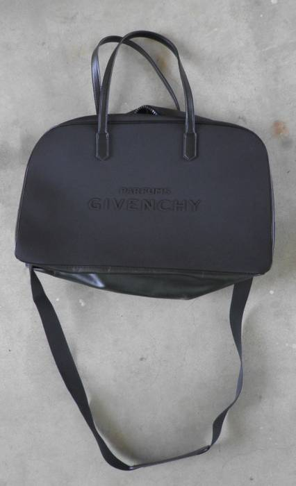 8770aa2a2cc Givenchy Givenchy Parfum Bag Size one size - Bags   Luggage for Sale ...