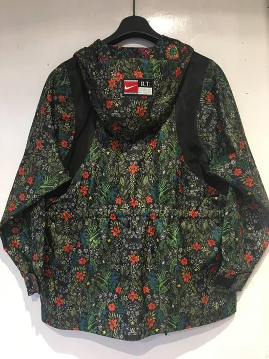 Nike NIKE NikeLab x RT Womens Floral Jacket (827069-010) riccardo Tisci Size 21b98f000