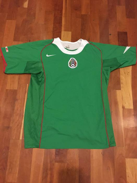 e55c8ef68 Nike Nike Mexico Soccer Jersey Size m - Jerseys for Sale - Grailed