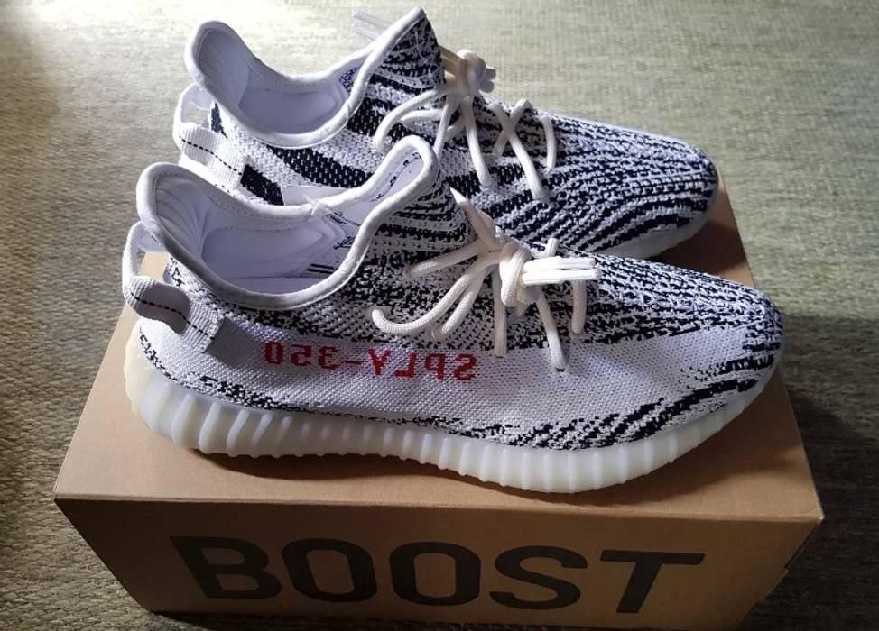 Adidas Yeezy Boost 350 V2 Zebra 11.5US Size 11.5 - Low-Top Sneakers ... 5fede767a6f4