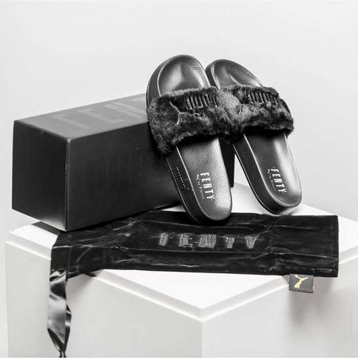 Fur Slide By Fenty Womens Sandals Fenty Slide Black Size 6.5 ... 59b4a0ccf3