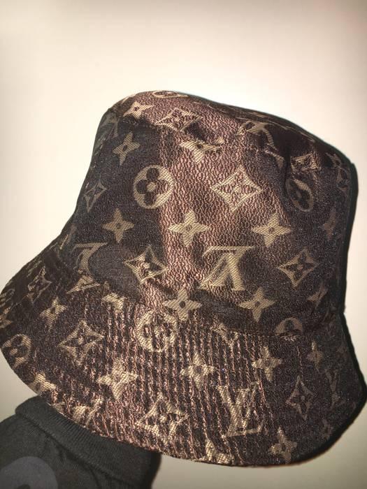Louis Vuitton Louis Vuitton Bucket Hat Size one size - Hats for Sale ... 4a3e7b2d2cb