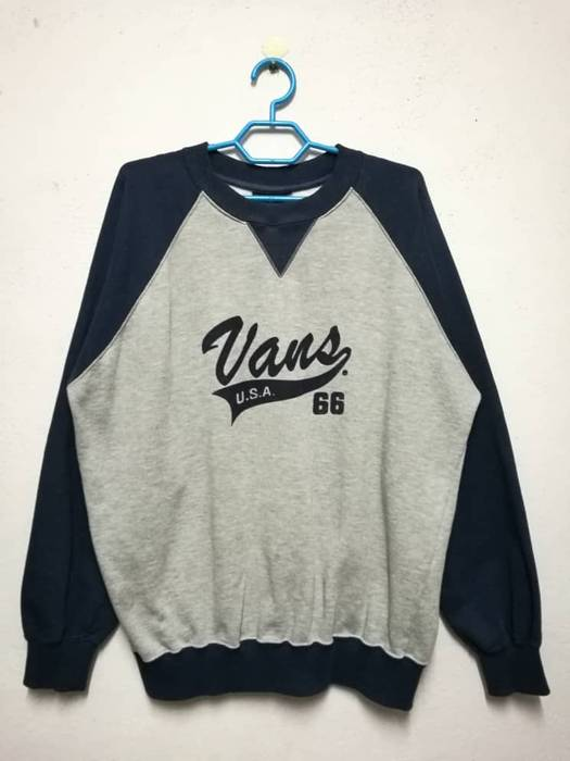 166fe639b5 Vans Vintage Vans Usa Skate Skateboarding Sweater Sweatshirt Size US M   EU  48-50