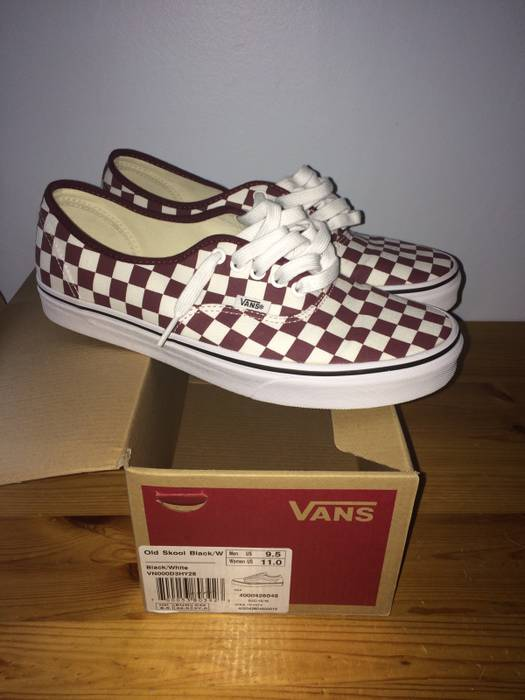 e45a697cd87 Vans Vans Checkerboard Authentic Port Royale  True White Size US 9.5   EU  42-