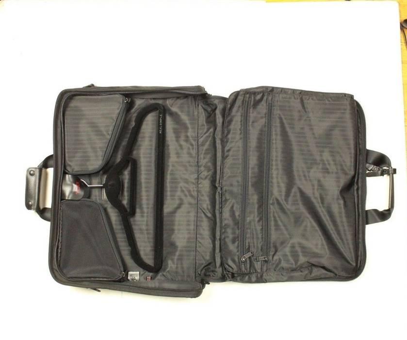 Tumi Trifold Garment Bag Case Black Handle Size One Bags 9cd254dd62