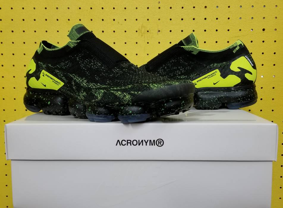 sneakers for cheap dad4b 88bb8 Nike. BRAND NEW Mens Nike Air Vapormax PK Moc 2 Acronym Shoes Size 9.5 Black  Volt AQ0996 007