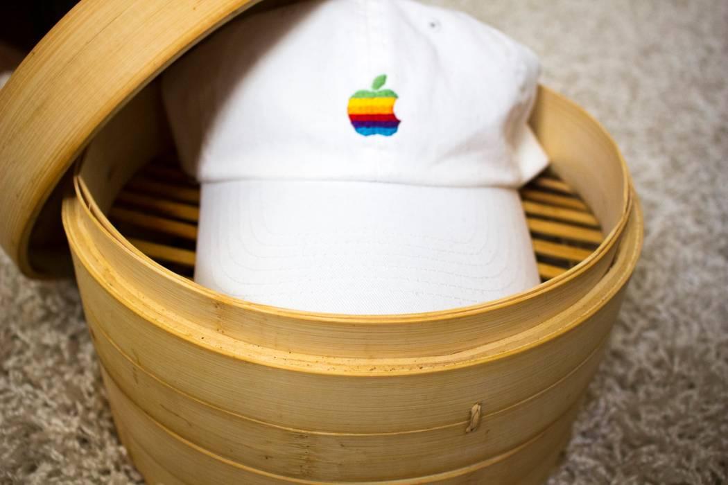 Apple Vintage Apple logo baseball cap Size one size - Hats for Sale ... c9dc1394cfb