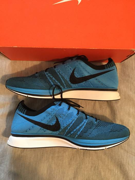 7056b994823ed Nike Flyknit Trainer Blue Glow Size 12 - Low-Top Sneakers for Sale ...