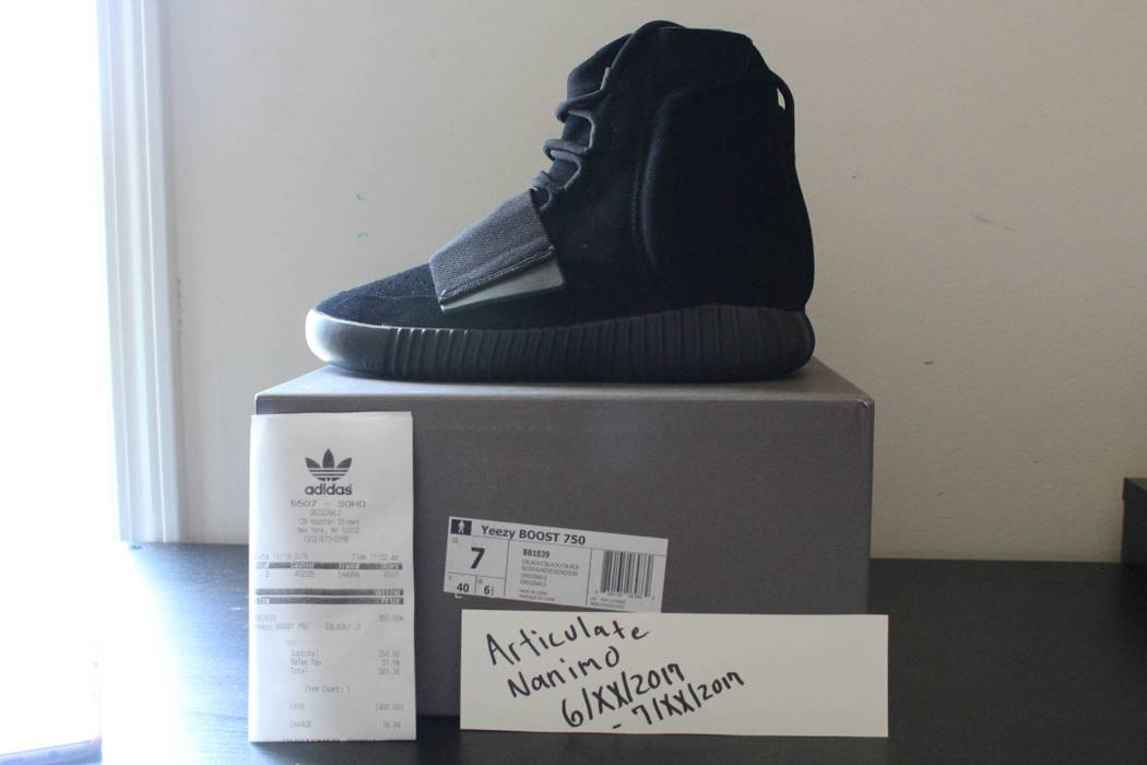 26d9f0a44 Adidas Kanye West Adidas Yeezy Boost 750 Triple Black Size 7 VNDS Size US 7