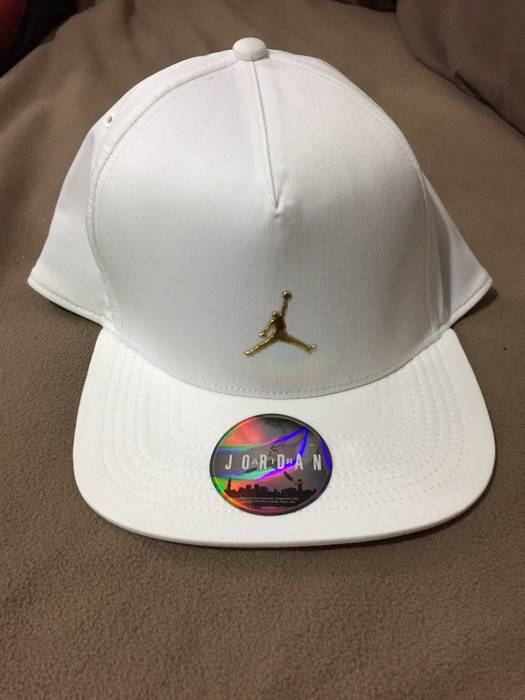 8ac3e7a89299 Jordan Brand × Octobers Very Own. Jordan x OVO Snapback. Size  ONE SIZE