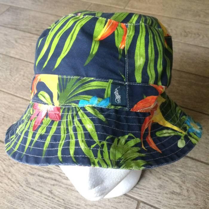 0fc815fce5b Polo Ralph Lauren. POLO RALPH LAUREN Bucket Hat Beach FLORAL Navy Blue ...
