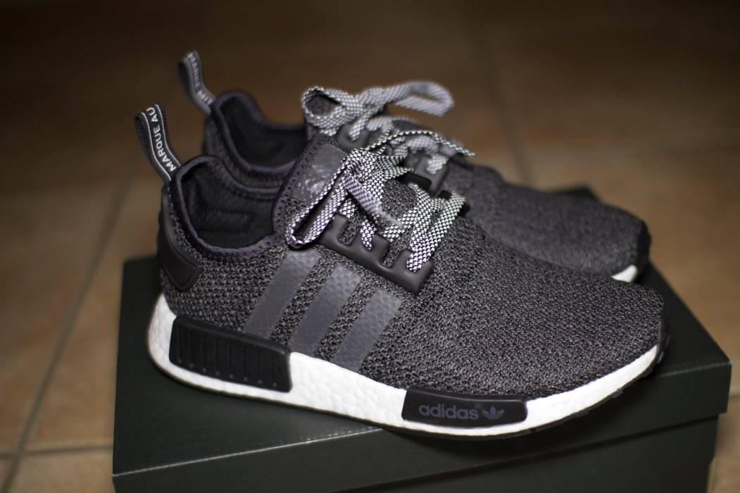 c19f0be57eb17 Adidas X Champs Sports Nmd R1 Boost Black Mesh Size 9 5 Low
