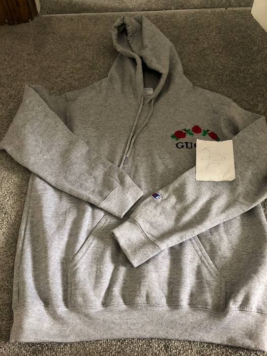 9b43ff3dd0d Champion. Gucci x Champion Hoodie Medium. Size  US M   EU 48-50   2