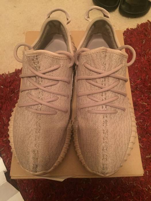 3316343e80ab96 Yeezy Boost. 100% Authentic Adidas Yeezy 350 Boost Oxford Tan AQ26617014.  Size  US 7 ...