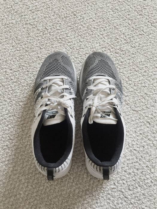 18d042eb8c10 Nike Flyknit Trainer white black Size 8.5 - Low-Top Sneakers for ...